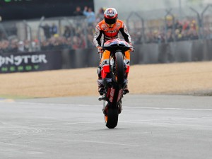 Casey Stoner roars to second victory of the season in Le Mans