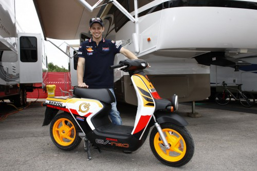 Casey Stoner and the EV-neo