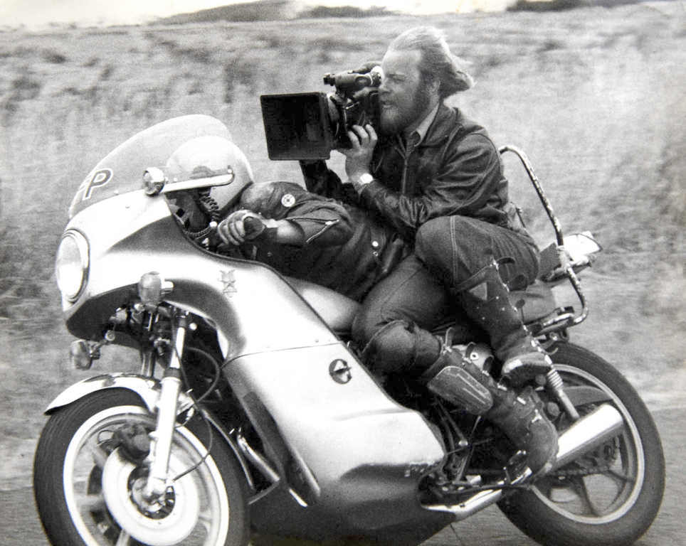 motorcycle shooting d  6 best motorcycle chase scenes in movies - Motorcycle News