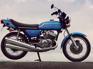 Kawasaki Triple 750 H2