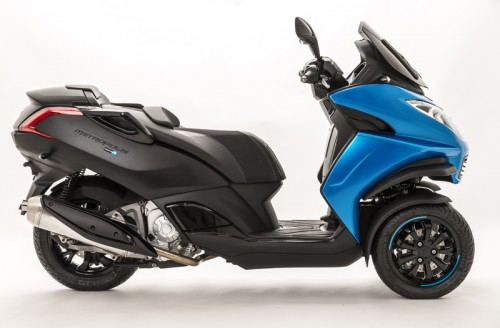 The special edition Peugeot Metropolis Blue-Line