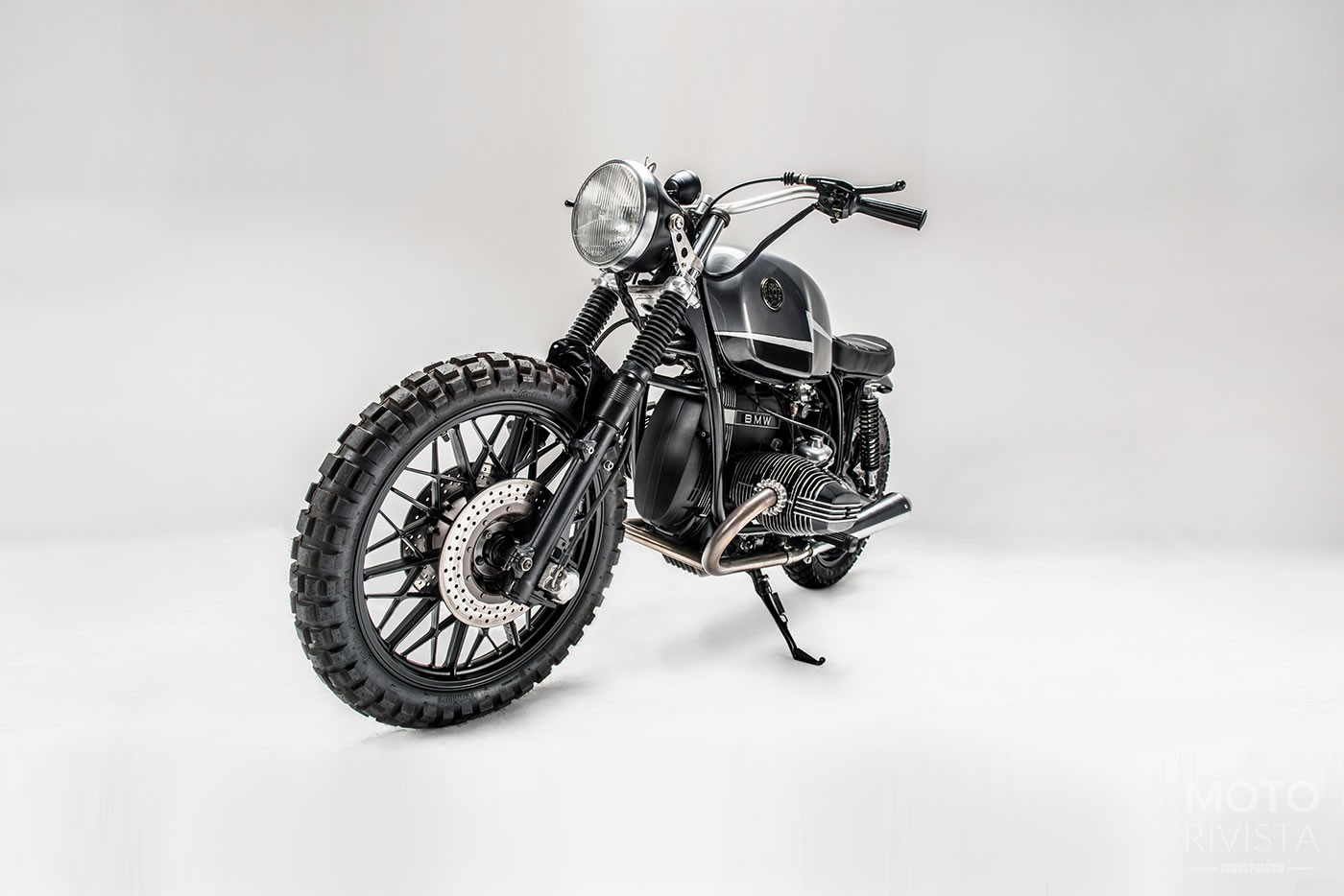 Custom 1979 BMW R100RT Desert sled by Los Muertos