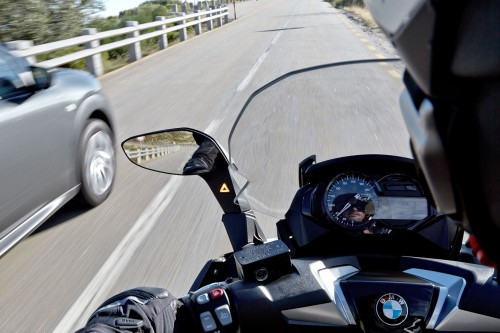 2016 BMW C 650 with Side View Assist (SVA)