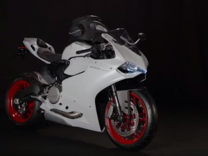 Ducati 899 Panigale receives Sports and Touring packs